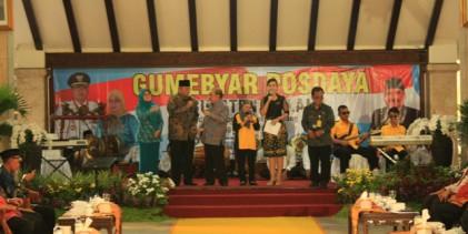 Dokumentasi Gumebyar Posdaya di Pendopo Kabupaten Malang